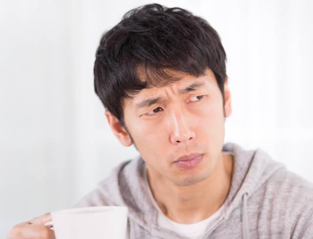 カフェにいた口ばかりの人