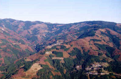 諸塚村のモザイク森林風景